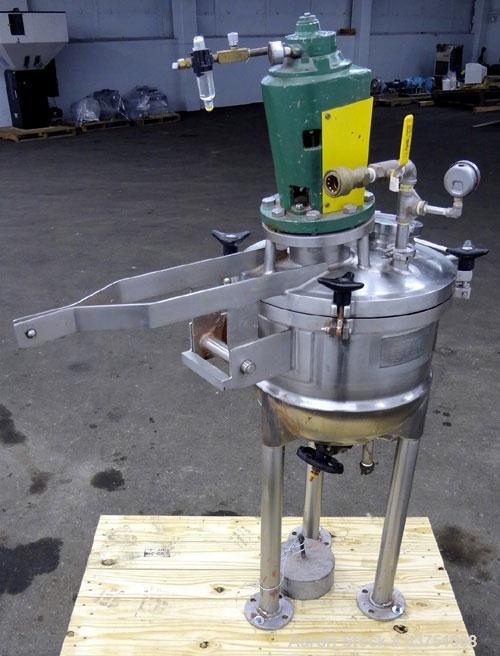 Used- Lee Industries Kettle, 15 Gallon, Model 15D, 301 Stainless Steel. Clamp down dished top with counter balance, hemisphe...