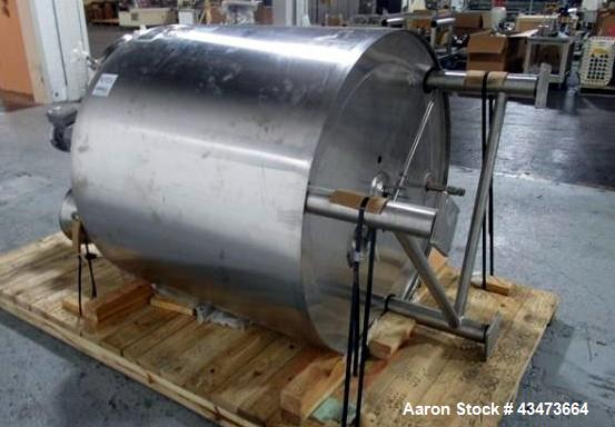 """Used- Lee Kettle, 250 Gallon, Model 250 U7S. Stainless steel construction, approximately 48"""" diameter x 48"""" straight side, d..."""