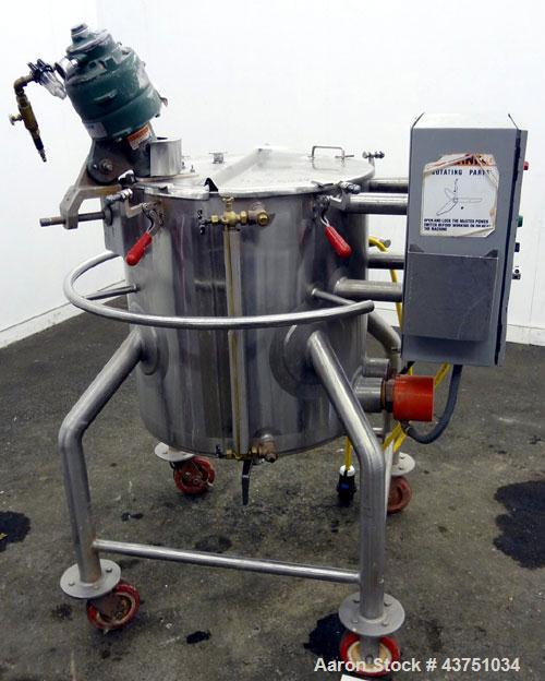 """Used- Lee Industries Electrically Heated Kettle, 25 Gallon, Model 25A, 316 Stainless Steel. 23"""" Diameter x 20"""" deep. Open to..."""