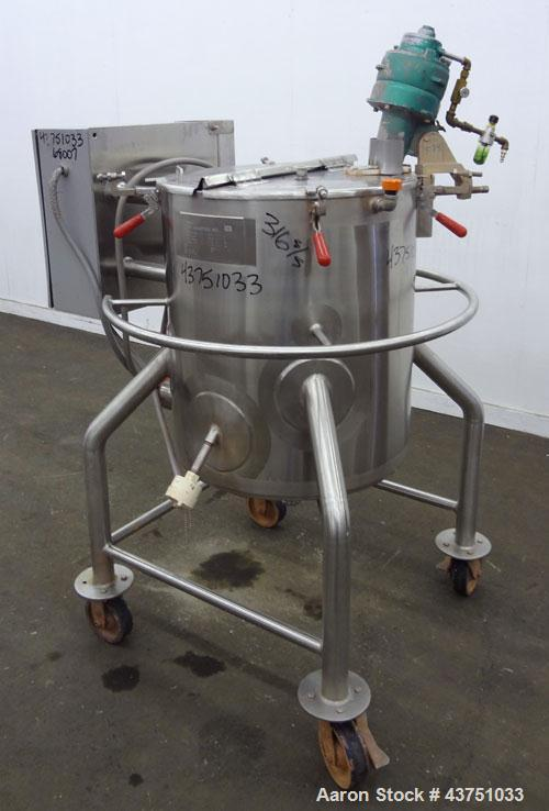 "Used- Lee Industries Electrically Heated Kettle, 30 Gallon, Model 30A, 316 Stainless Steel. 23"" Diameter x 23"" deep. Open to..."