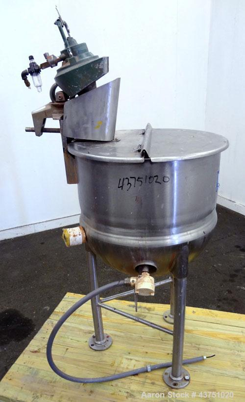 Used- 30 Gallon Stainless Steel Lee Industries Kettle, Model 30D