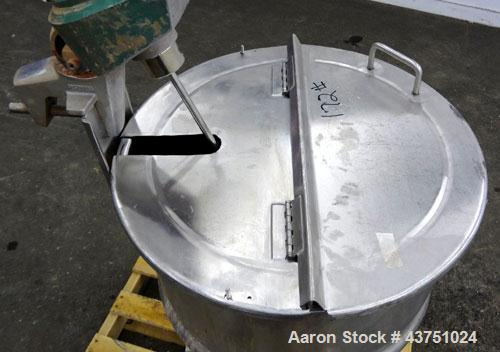 "Used- Lee Industries Kettle, 30 Gallon, Model 30D, 304 Stainless Steel. Approximate 23"" diameter x 22-1/2"" deep. 1 Piece hin..."