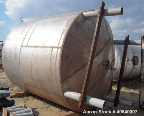 "Used- Lee Industries Kettle, 4000 gallon, model 4000UDPT, 316L stainless steel, vertical. 114"" diameter x 93"" straight side,..."