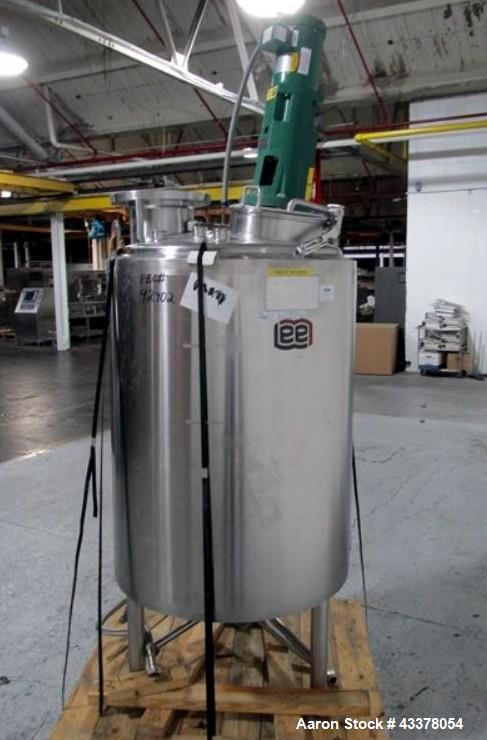 "Used- Lee Industries kettle, 400 liter, model 400 LU, stainless steel construction approximately 30"" diameter x 36"" straight..."