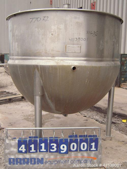 "Used-Lee Industries Kettle, 500 gallon, model 500D, 316 stainless steel, vertical.62"" diameter x approximately 42"" deep, fla..."