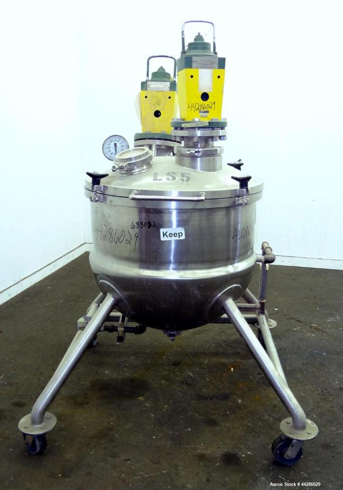 "Used- Lee Industries Dual Agitated Kettle, Model 70D, 304 Stainless Steel. Approximate 32"" diameter x 28"" deep. Hinged dishe..."