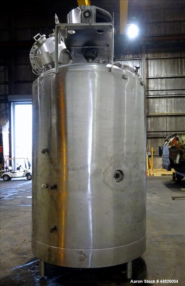 "Used- Lee Industries Double Motion Vacuum Kettle, Model 850U9MS. 850 gallon, 316L stainless steel, vertical. 66"" diameter x ..."