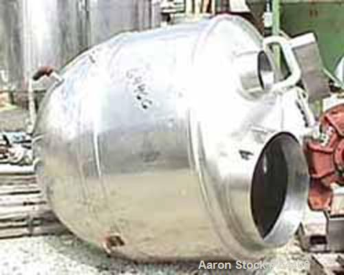 "Used- Lee Kettle, 250 Gallon, Stainless Steel. 48"" Diameter x 49"" deep, dished top, hemispherical bottom, 1/2 jacketed rated..."