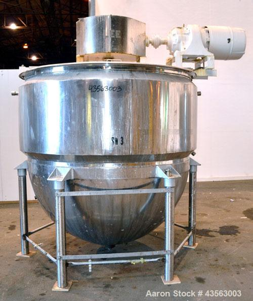 """Used- Lee Metal Products Single Motion Kettle, 1000 Gallon, 304 Stainless Steel, Vertical. Approximate 72"""" diameter x 72"""" de..."""