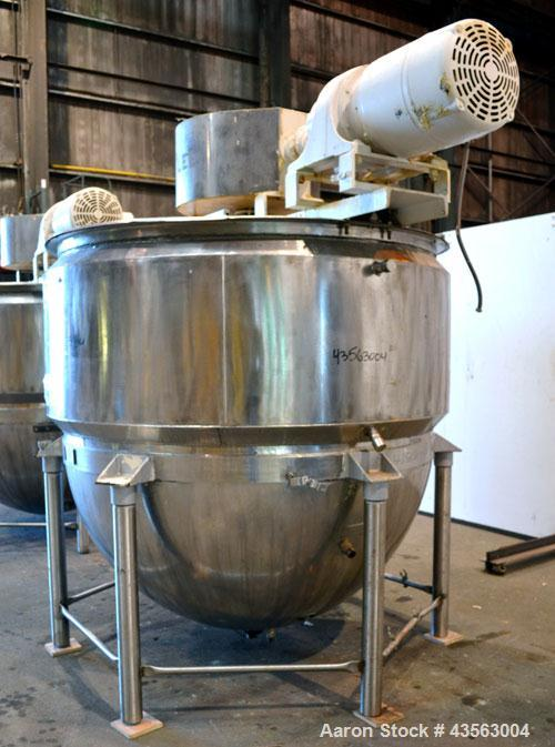 "Used- Lee Metal Products Single Motion Kettle, 1000 Gallon, 304 Stainless Steel, Vertical. Approximate 72"" diameter x 72"" de..."