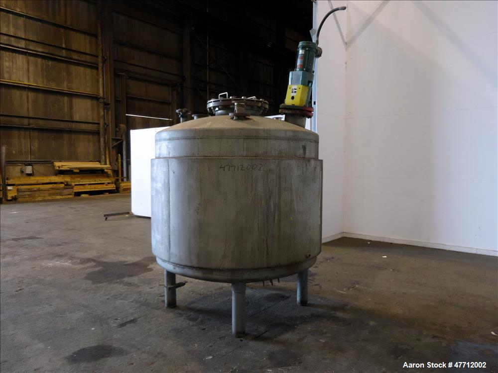 """Used- Lipton Steel & Metal Products Kettle, 750 Gallon, 304 Stainless Steel, Vertical. 40"""" Diameter x 44"""" straight side, dis..."""