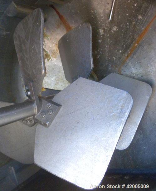 "Used- Martin Petersen Kettle, 650 Gallon, 304 stainless steel, vertical. 60"" diameter x 48"" straight side, flat bolt on top,..."
