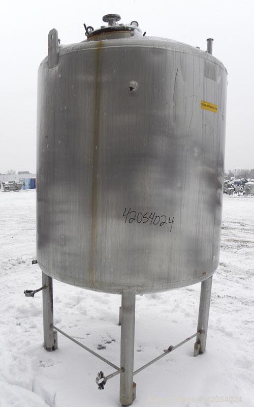 """Used- Mueller Kettle, Model F, 500 gallon, 304 stainless steel, vertical. 54"""" diameter x 48"""" straight side, dish top and bot..."""