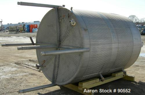 """USED: Mueller Kettle, approximately 1620 gallon, 304 stainless steel, jacketed, vertical. 72"""" diameter x 92"""" straight side. ..."""