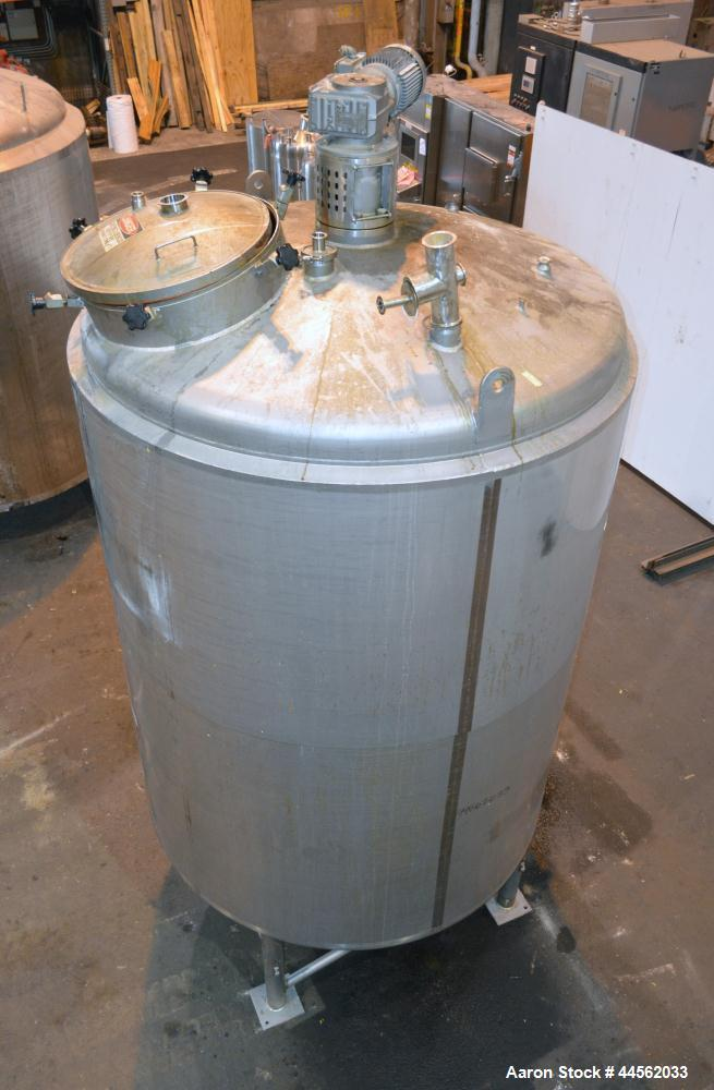 """Used- Mueller Kettle, 1500 Gallon, 316 Stainless Steel, Vertical. 70"""" Diameter x 92"""" straight side, dished top and bottom. 3..."""