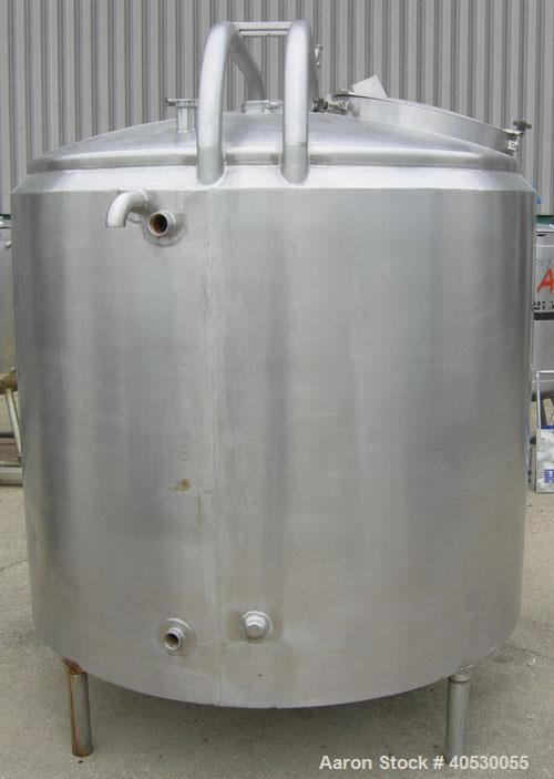 """Used- Kettle, 500 gallon, 304 stainless steel, vertical. Approximately 60"""" diameter x 45"""" straight side, dished top, inverte..."""