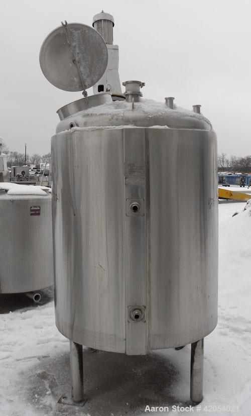 "Used- Walker Kettle, 400 Gallon, 316L Stainless Steel, Vertical. 48"" diameter x 50"" straight side, dish top, coned bottom. D..."