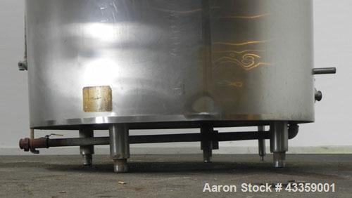 """Used- Kettle/Processor, 650 Gallon, 304 Stainless Steel, Vertical. Approximate 56"""" diameter x 50"""" straight side, dished top,..."""