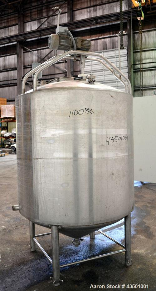 "Used- Kettle, 400 Gallon, 304 Stainless Steel, Vertical.  Approximately 49"" diameter x 48"" straight side, dished top, coned ..."