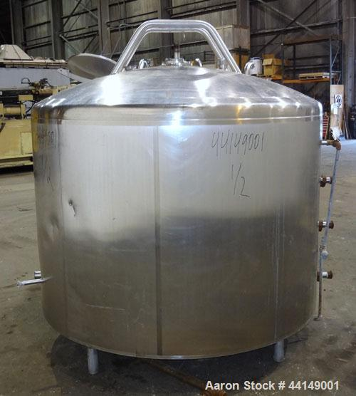 """Used- Processor Kettle, Approximate 800 Gallon, 304 Stainless Steel, Vertical. Approximate 72"""" diameter x 46"""" straight side...."""