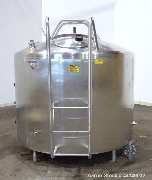 "Used- Processor Kettle, Approximate 800 Gallon, 304 Stainless Steel, Vertical. Approximate 72"" diameter x 46"" straight side...."