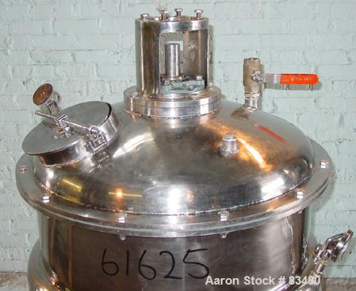 """USED: Kettle, 70 gallon, stainless steel, vertical. 27"""" diameter x 27"""" straight side. Bolt on dished top, dished bottom. Ele..."""