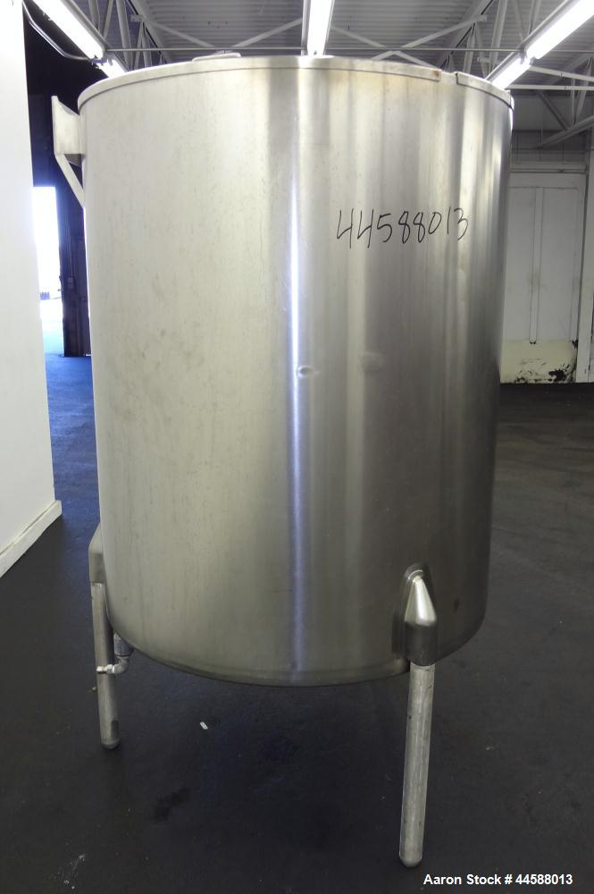 """Used- Perma-San Kettle, 310 Gallons, Model JOVS, 316 Stainless Steel, Vertical. Approximately 42"""" diameter x 53"""" straight si..."""