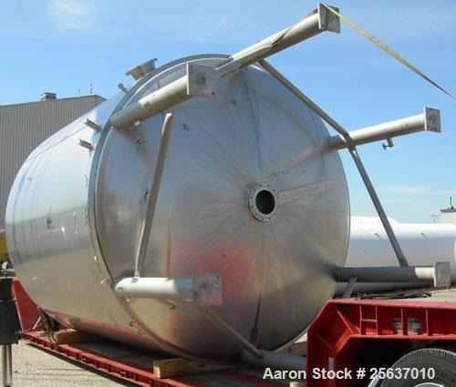 "Used- Stainless Fabrication Kettle, 15,000 gallon, 316L stainless steel. 158"" diameter x 167"" straight side, dished top and ..."