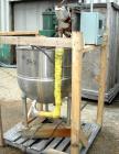 Used-Groen Kettle, 80 Gallon, Model FT-80, 304 stainless steel, vertical. 31-1/2