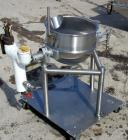 USED: Lee super jacketed trunion mounted kettle, model 10CD. 316 stainless steel, 10 gallon, 17