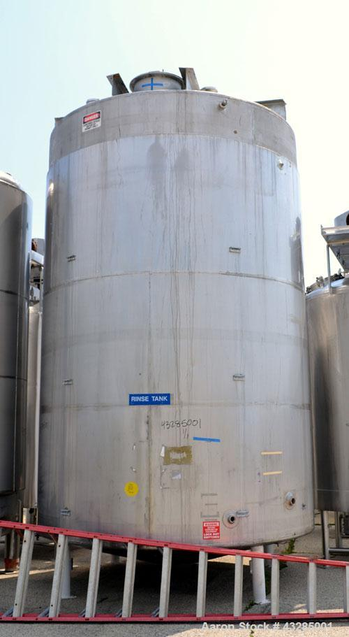 "Used- Tolan Kettle, 7500 Gallon, 304 Stainless Steel, Vertical. Approximately 114"" diameter x 168"" straight side. Flat top, ..."