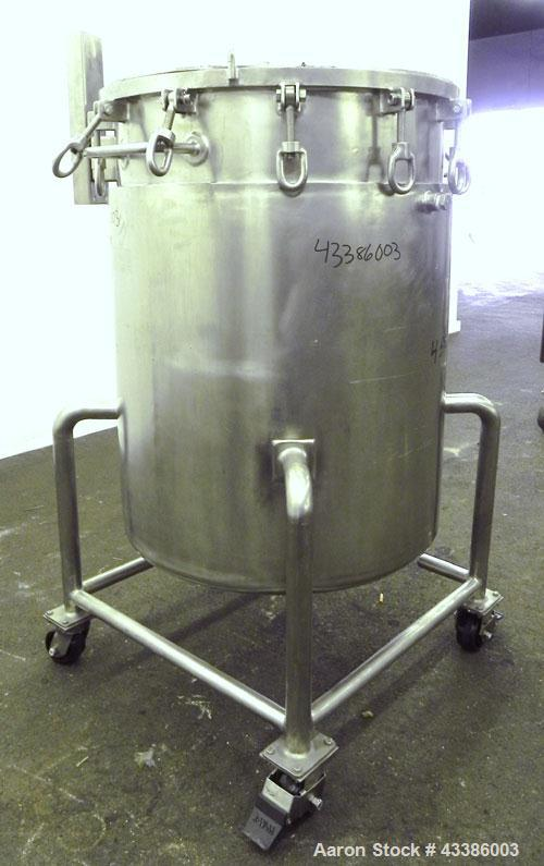 "Used- Tolan Machinery Kettle, 79 Gallon (300 Liter), 316 Stainless Steel, Vertical. 28"" Diameter x 36"" straight side. Open t..."