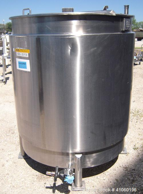 "Used- Toronto Coppersmithing Kettle, 400 Gallon, 316 Stainless Steel, Vertical. 49""diameter x 48"" straight side. Open top wi..."