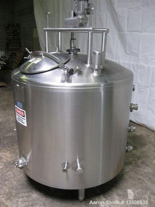 "Used-250 Gallon Walker Processor, model PZ-ST, all stainless steel. 50"" diameter x 40"" straight side. Jacket rated 100 psi @..."