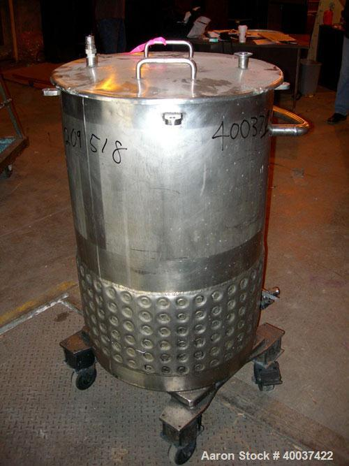 "Used- Walker Kettle, 55 gallon, 304L stainless steel, vertical. 23"" diameter x 36"" straight side, open top with a cover, slo..."