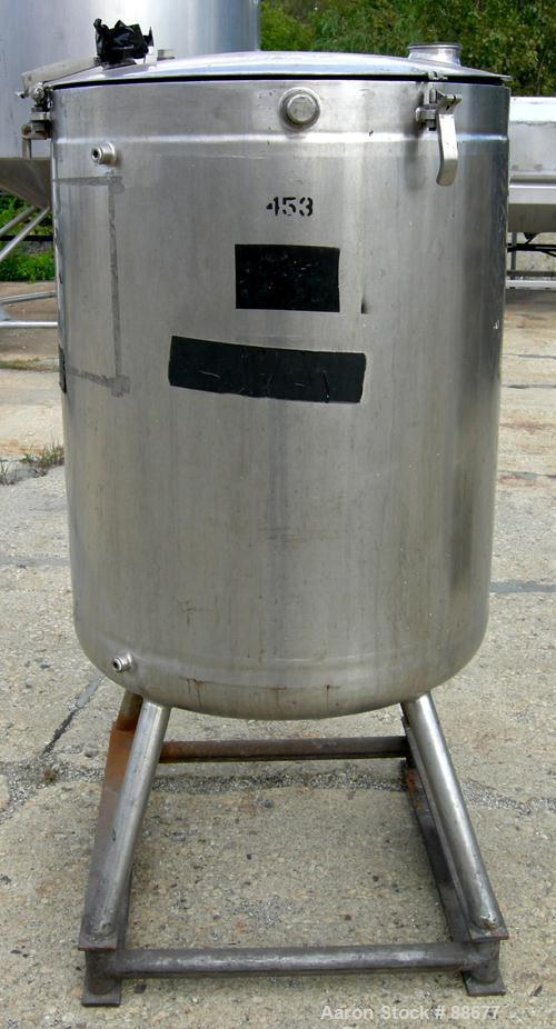 """USED: Walker kettle, 100 gallon, 316 stainless steel, vertical. 28"""" diameter x 35"""" straight side, open top with a 1-piece hi..."""