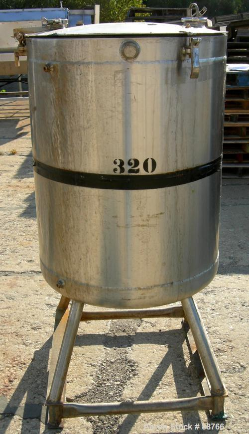 "USED: Kettle, 100 gallon, 316 stainless steel, vertical, jacketed. 28"" diameter x 35"" straight side, open top with a 1 piece..."
