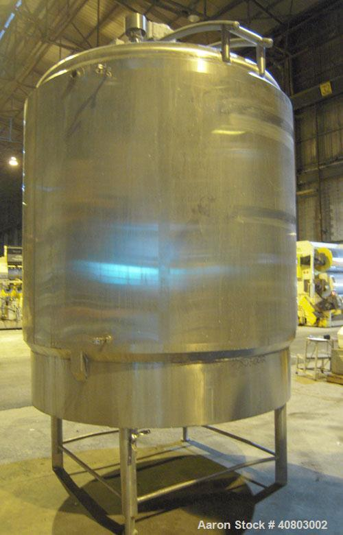 """Used- W.H.E. Bio-Systems Processor Kettle, 2000 gallon, 316 stainless steel, vertical. Approximately 84"""" diameter x 80"""" stra..."""