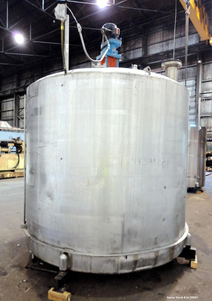 """Used- Will-Flow Kettle, 3000 Gallon, 304 Stainless Steel, Vertical.  Approximately 101-3/4"""" diameter x 94"""" straight side, di..."""