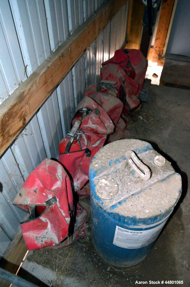 Used-Lot of Miscellaneous Fire Extingushers.