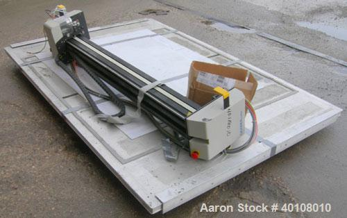 Used: Gerber cutting edge digital cutting system, model  DCS2500. Designed as a table top size plotter/cutter. Includes a mo...