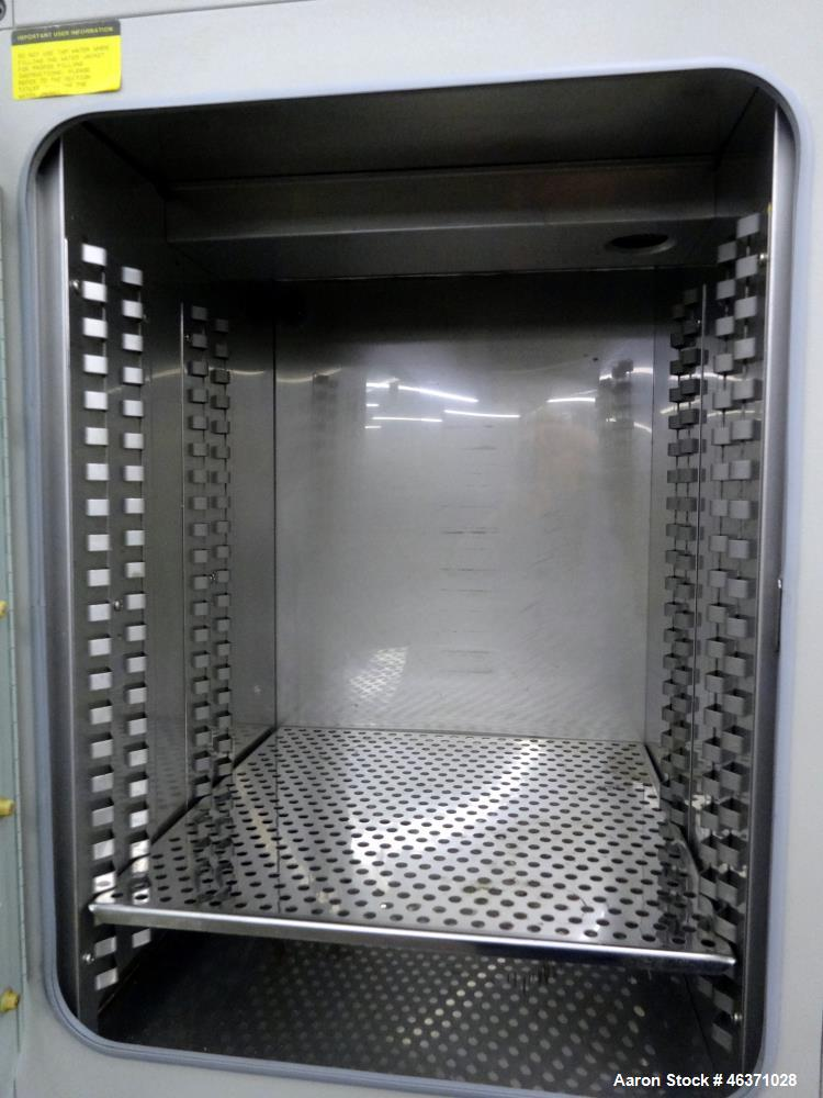 Used- Forma Scientific Dual Chamber Water Jacketed Incubator, Model 3326. 304 Stainless steel interior, 11.4 cubic feet, eac...