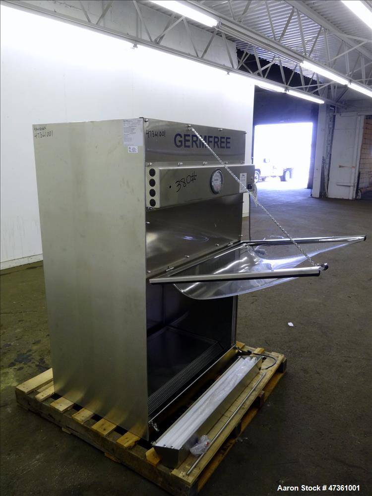 Used- GERMFREE Benchtop Bioflow Chamber Biological Saftey Cabinet, Model BBF-3SS