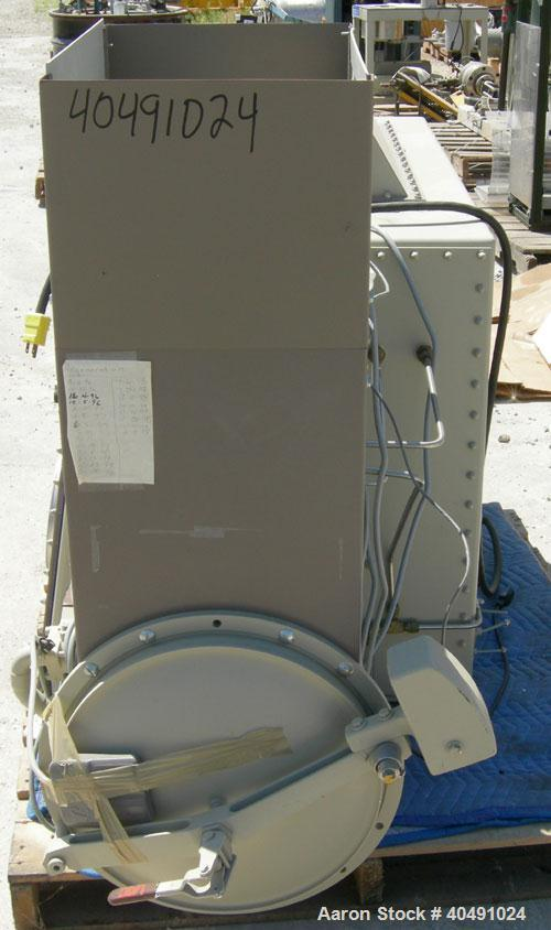 Used- Vacuum Atmosphere Company glove box, model HE-493/MO-5. 50/60 hz, 110 volt, 5 amp. Rated plus 10 psig. Includes a mode...