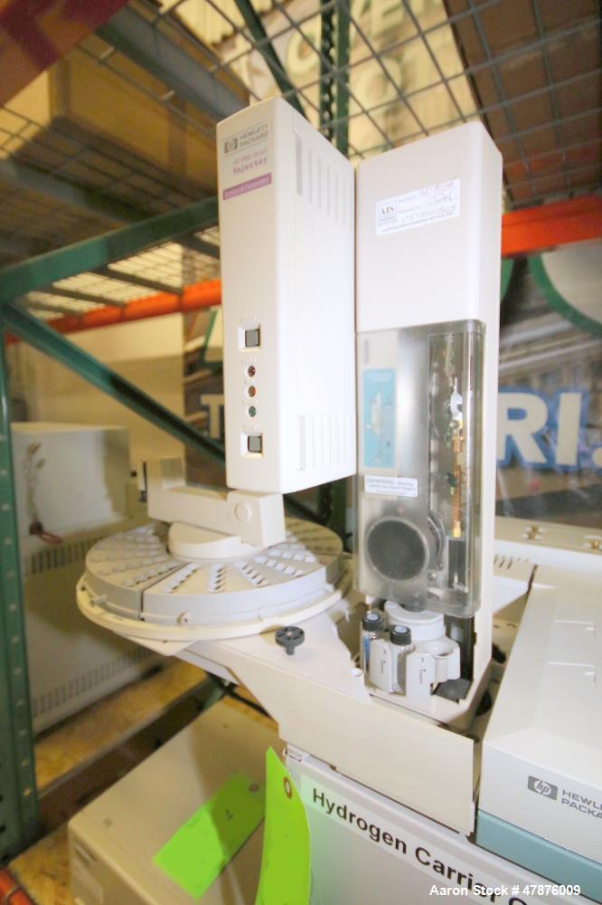 Used-Hewlett Packard HP 6890 Series GC System, Model G1530A, Serial #  US00010790, Includes Hewlett Packard Autosampler, Hew...