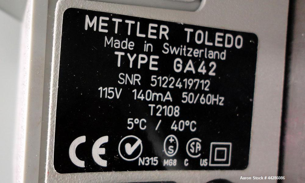 Used- Mettler Toledo Halogen Moisture Analyzer, Model HB43. Maximum sample weight 41g, minimum 0.5g, readability 1mg, Repeat...