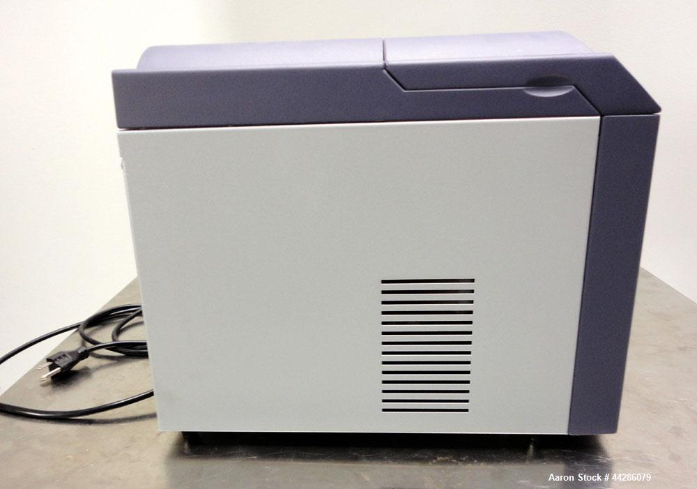 Used- Parker Domnick Hunter Zero Air Generator, Model UHP10ZA-S. 1.0 l/min Flow Rate, organic impurity <0.1 ppm. Operating t...