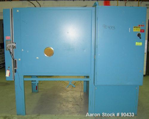 USED: Thermotron environmental test chamber, model FX-62-CHV-705-705 floor style. 62 cubic feet of test space. Temp, humidit...