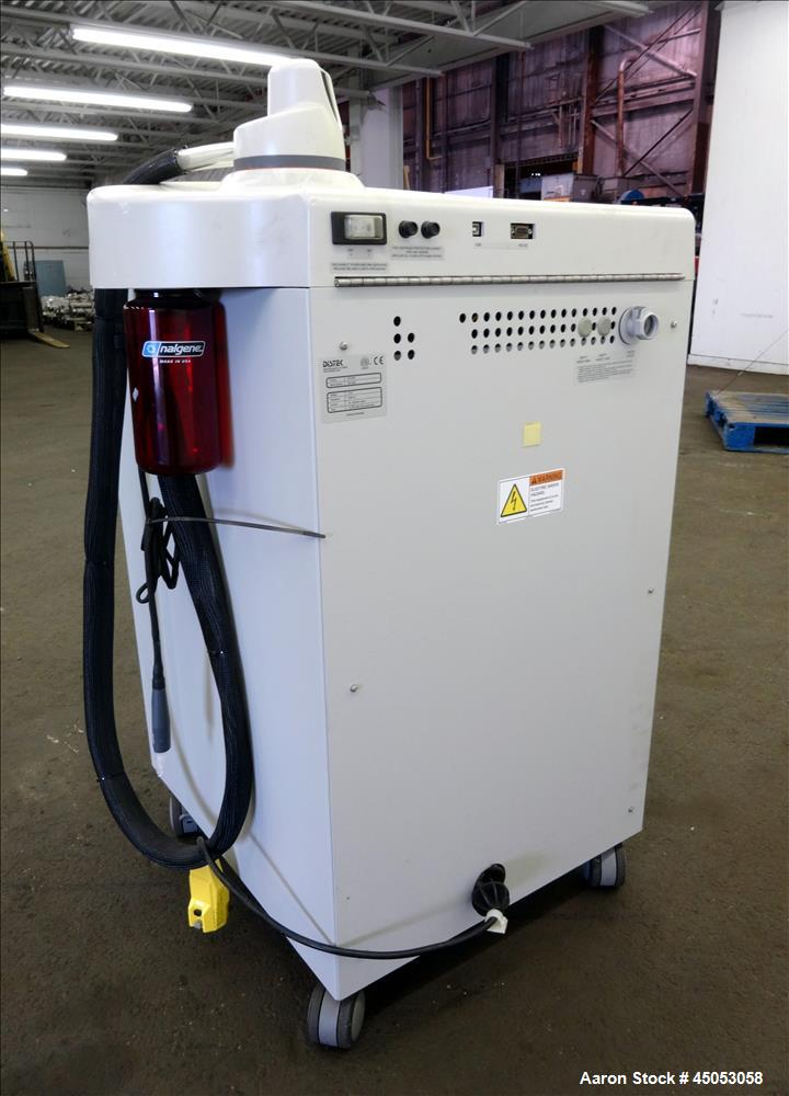 Used- Distek Dissolution Vessel Washer, Model VIP4400