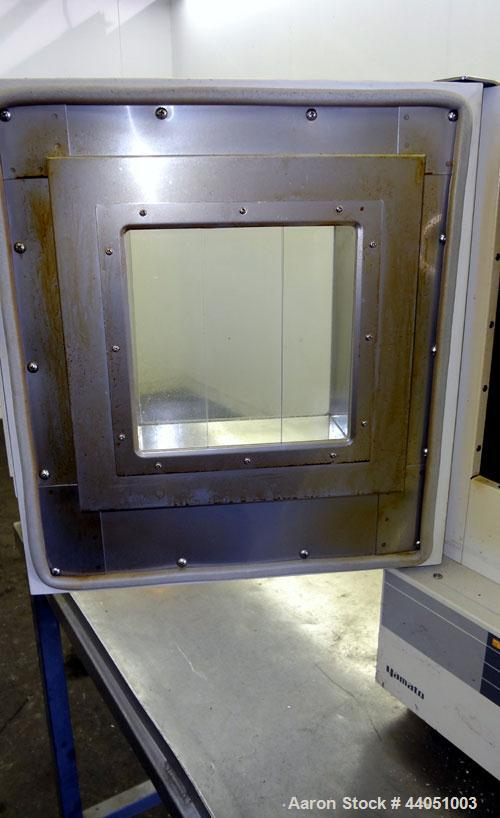 "Used- Yamato Gravity Convection Oven, Model DX 31.  Approximately 0.9 cubic feet. Chamber size 11-3/4"" wide x 11-3/4"" high x..."